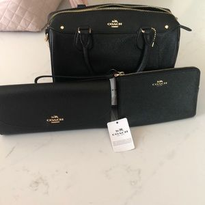 Coach 3 piece purse set!